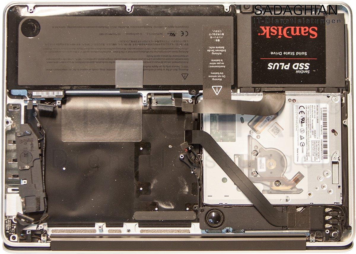 "MacBook Pro 13"" LogicBoard Reparatur"