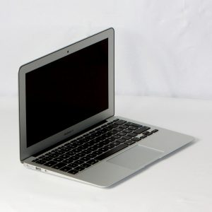 Apple MacBook Air 11,6″ A1465 MD711D/A i5 1,3GHz 128GB SSD 4GB RAM