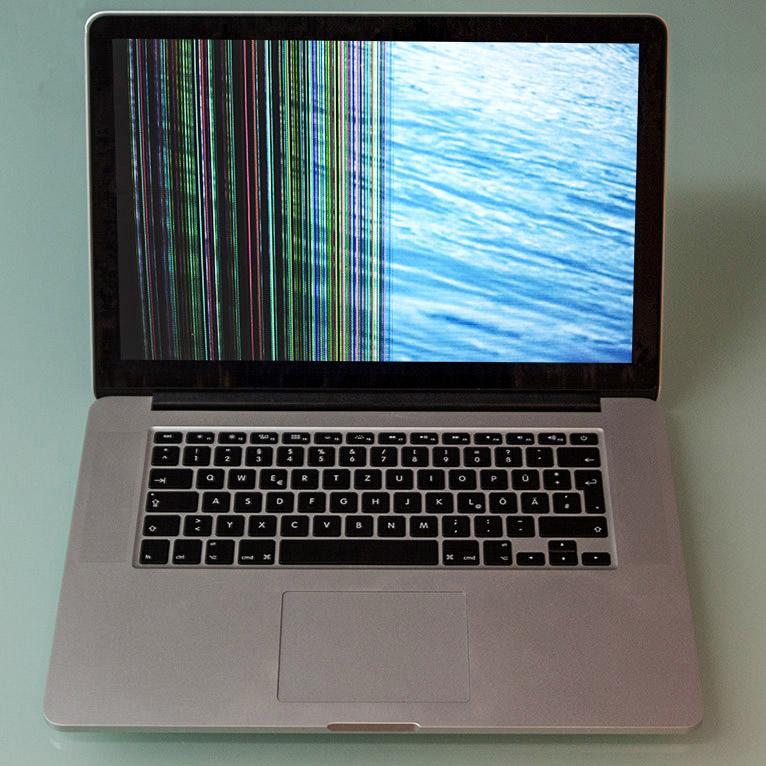 Ihr MacBook zeigt ungewöhnliche Fehler: z.B. hat eine Hälfte farbige Streifen oder das Display ist schwarz-weiß