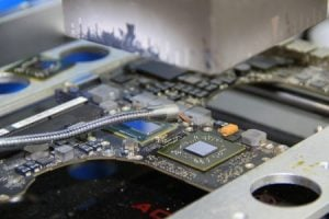 MacBook Pro 15″ 2012 – Mainboard mit neuem GPU/Grafikchipsatz