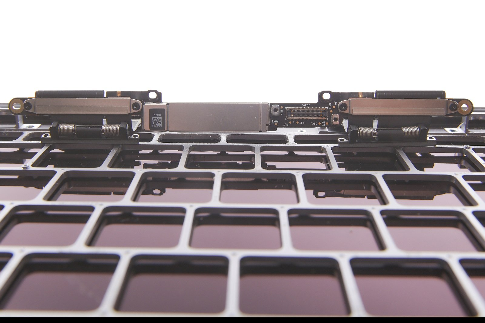 MacBook Flexgate Reparatur in Hamburg