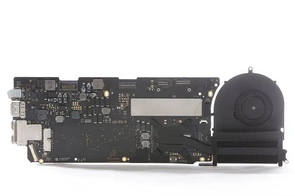 Apple MacBook Pro Logic Board