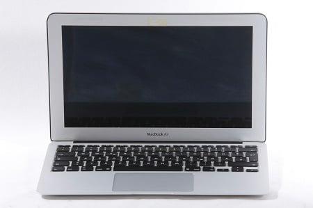 MacBook Air Bildschirm Schwarz in Hamburg