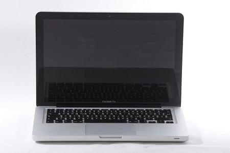 MacBook Bildschirm Schwarz in Hamburg